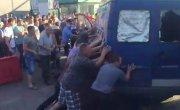 Рогули рубят окно в Европу на КПП Шегини на Львовщине