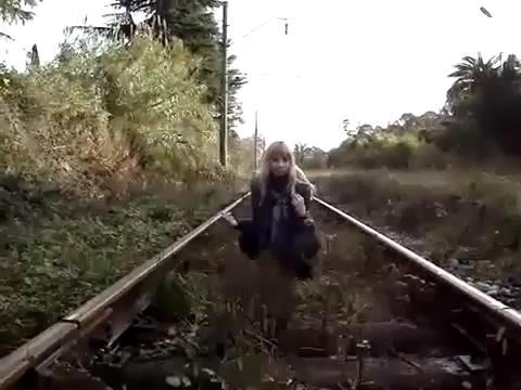Эпик фэйл прикол над девушкой ааа