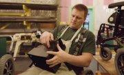 Человек без рук и ног построил фабрику в Калининградской области