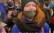 Вопросы  якобы фанатам Бузовой во Внуково