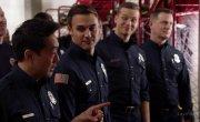 911 / 9-1-1 - 3 сезон, 16 серия