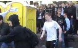 Активисты обмазались фекалиями