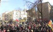 Борьба  за крышу. Група бойцов Евромайдана  витиснила с крыши силовиков
