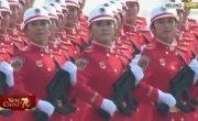 Китайские девушки  на параде