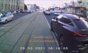 Когда ты водитель трамвая и увидел новенький BMW