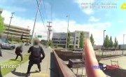 Полиция в Сиетле застрелила негра с ножом. 18+