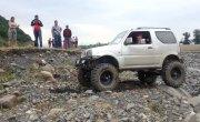 Suzuki Jimny на военных мостах от УАЗа