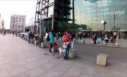 Центральный вокзал Берлина 11.02.16. А где орды арабских беженцев? RT лжёт.