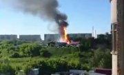 Видео взрыва и полёта цистерны на АГЗС в Новосибирске