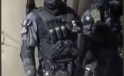 Это не армейский спецназ ,это боевики наркокортеля (Бразилия)