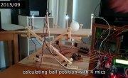 Чувак 4 года проектировал прыгающий стол для шарика