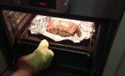 Буженина из свинины приготовленная по-домашнему в духовке