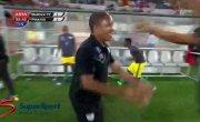 Вратарь спас команду от поражения сумасшедшим ударом через себя (Oscarine Masuluke Wonder Goal - Baroka F.C. vs Orlando Pirates).