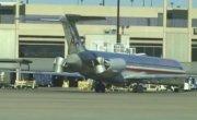 Движение задним ходом McDonnell Douglas MD-80 на реверсе