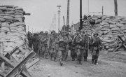 Почему Гитлера наградили медалью «За Отвагу» в Красной Армии?