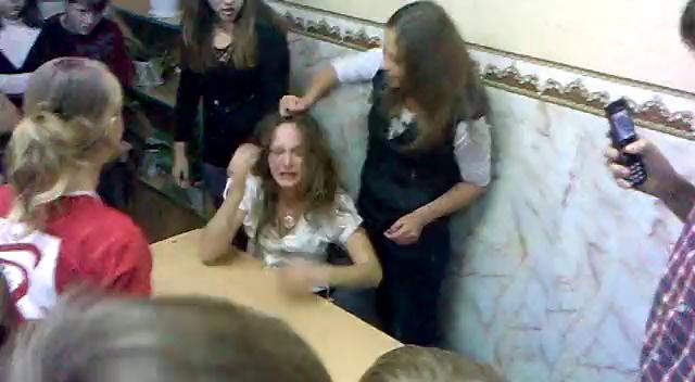 кефире издеваются над русскими женщинами видео способен