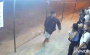 В Бразилии преступник потерял сознание во время ограбления.