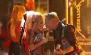 Metallica & Lady Gaga - Moth into Flame (GRAMMY 2017)