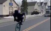 Велосипед vs фура