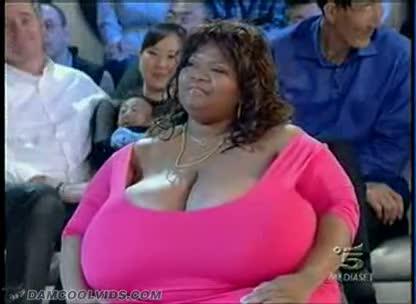 фото большой груди бабушек