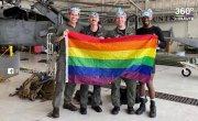 Гей-десантники в американской армии. В ВВС США появился первый однополый экипаж