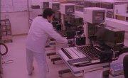 Фильм о технологиях производства электроники: от легирования кремния, до сборки компьютера