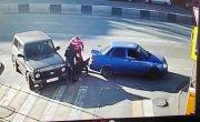 Ростовчанин в одиночку раскидал на заправке двух «напавших» на него мужчин