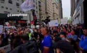Массовый протест в Нью-Йорке