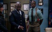 Бруклин 9-9 / Brooklyn Nine-Nine - 7 сезон, 8 серия