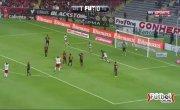 В Мексике футболист забил гол в девятку ударом через себя (IMPRESIONANTE GOLAZO de Chilena de Avilés Hurtado | Atlas vs Tijuana).