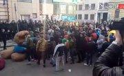 Штурм Сбербанка в Харькове 10.04.2017