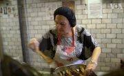 Ресторан, в котором готовят бабушки со всего света
