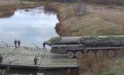 В РВСН впервые переправили пусковую установку «Ярс» через реку по понтонному мосту